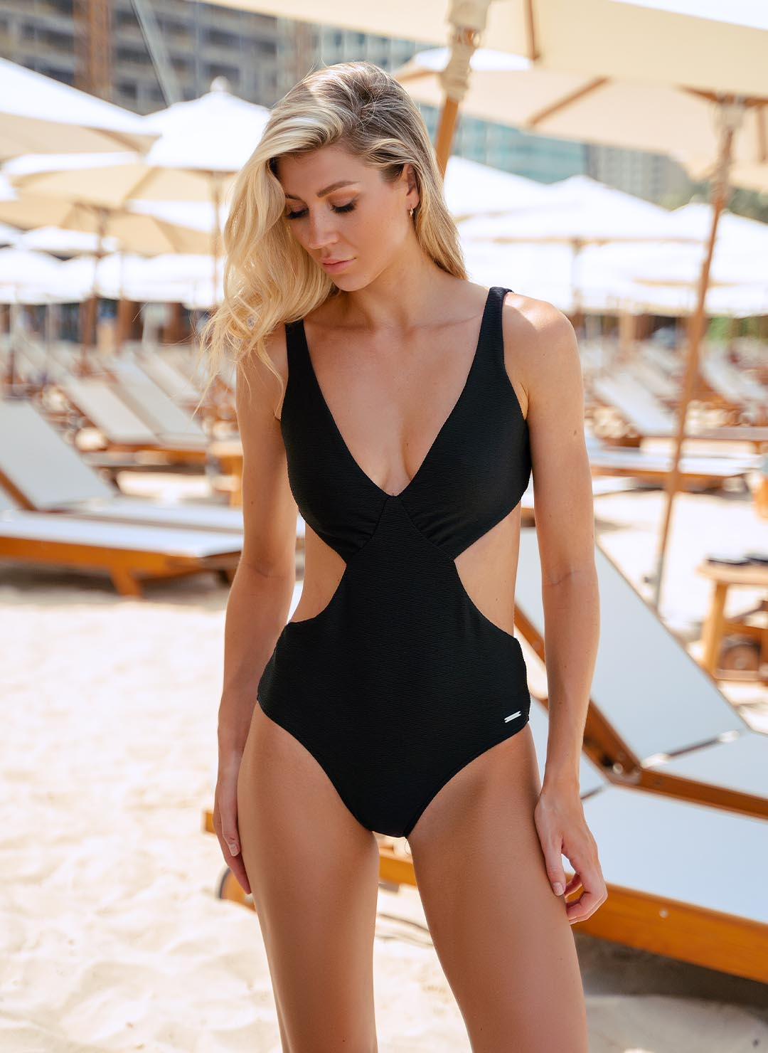 ISABELLE ONE PIECE